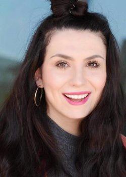 COSMO-Chefredakteurinnen Enita Ramaj (Digital)